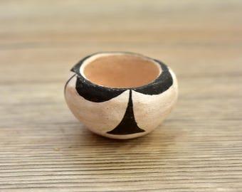 Vintage,Acoma,Acoma Pot,Acoma Pottery,Native American,Hand crafted, Hand Painted,Pottery Bowl