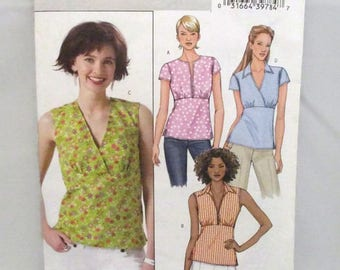 Butterick 4549 Easy Misses/Misses Petite Top Semi Fitted with Side Zipper Size BB (8-10-12-14) UNCUT