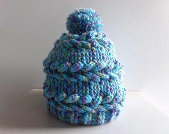 Bonnet girl / woman with hand made crochet