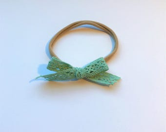 Heirloom Lace // Hand-Tied Ribbon Bow