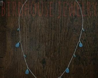 Vogelhaus Schmuck - Glas Briolette Drop Halskette