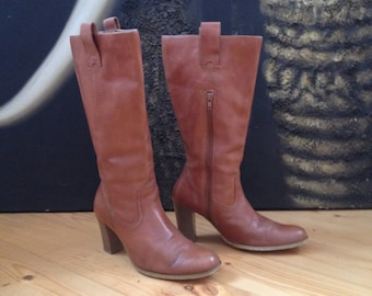 Women's Boots  - brown leather - size 37 eur, 6.5 us, 4 uk.