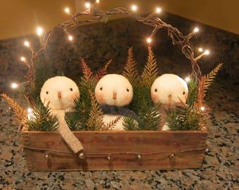 Primitive Christmas,Primitive Snowmen,Christmas Decor,Holiday Decor,Snowmen Friends,Vtg Cheesebox,Unique Gift,OOAK,Made by M.McGuinness!