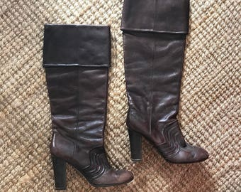 Knee High Boots. Knee Leather Boots. Brown Leather Boots. US9 Boots. Cocoa Leather Boots. Made in Italy Knee Boots. High Heel Boots