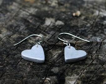 Mini heart earrings - silver