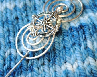 Compass Shawl Pin in Silver Wire