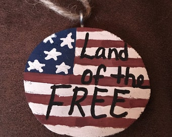 Handmade Painted Wood Slice Christmas Ornament - Land of the Free in Print