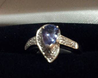 Unique Shield Shaped 18K Gold and Tanzanite  Ring, size 7
