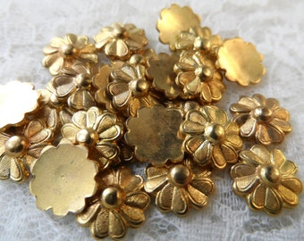 """Solid cast metal goldtone flowers,3/8th"""",20pcs-KC363"""