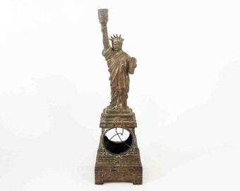 Vintage Statue of Liberty Souvenir Clock / Lamp Body in Copper. Circa 1960's.