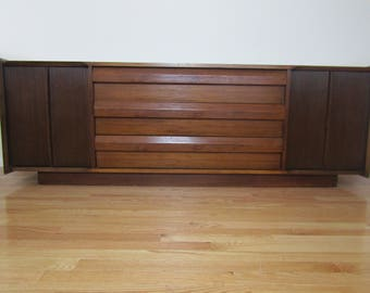"Mid Mod Lane ""First Edition"" Shark Fin Walnut Credenza/Space Age/Commercial"
