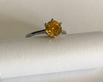 Vintage Sterling silver yellow CZ ring sz 9