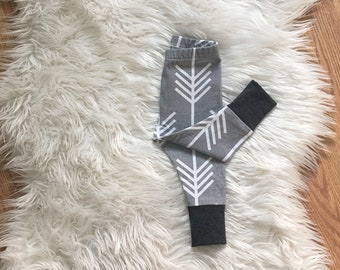 3-6 month gray arrow leggings, modern, baby boy clothes, READY TO SHIP, photo outfit, fall leggings, gray, white