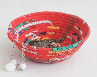 Coiled Fabric Bowl / Coiled Rope Basket Gypsy Red / Small Round Coiled Clothesline Fabric Pottery Bowl by PrairieThreads
