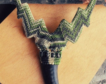 Macrame necklace Horn