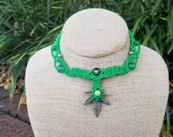 Green Hemp Leaf Necklace, Cannabis Leaf, Adjustable, Wrapped Pendant, Glass Beads, Metal Beads, Micromacrame