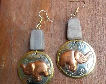 Copper elephant pendant earrings, copper jewelry, copper earrings, copper and shell earrings
