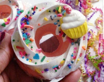 Cup Cake Party Bath Bomb Donut