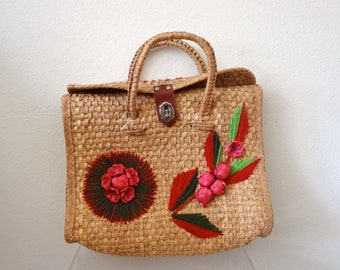 1960s Straw Handbag with Floral Embroidery / Tote Bag / vintage resort accessory