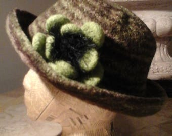 Felted Wool Hat - Variegated Green