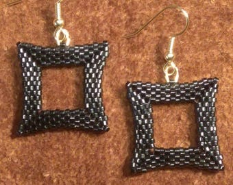 Simple Black Square--Delica Cylinder Beads