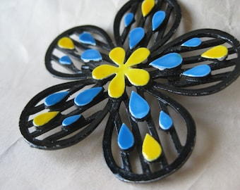 Flower Blue Yellow Brooch Enamel Vintage Filigree Pin