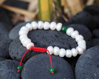 Mother of Pearl Wrist Mala/ Bracelet with Green Jade Spacer