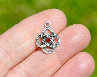 10  Celtic Knot  Silver Tone Charms SC4233