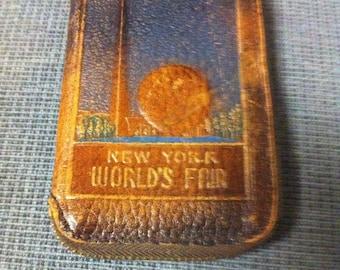 1939 New York Worlds Fair Leather Key Case with Vintage Keys