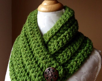 Crochet scarf/ Warm, soft, and cozy scarf with 2 large buttons