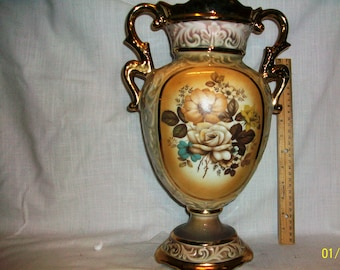 Listing 189 is a Handpainted Made in Italy Floral Vase