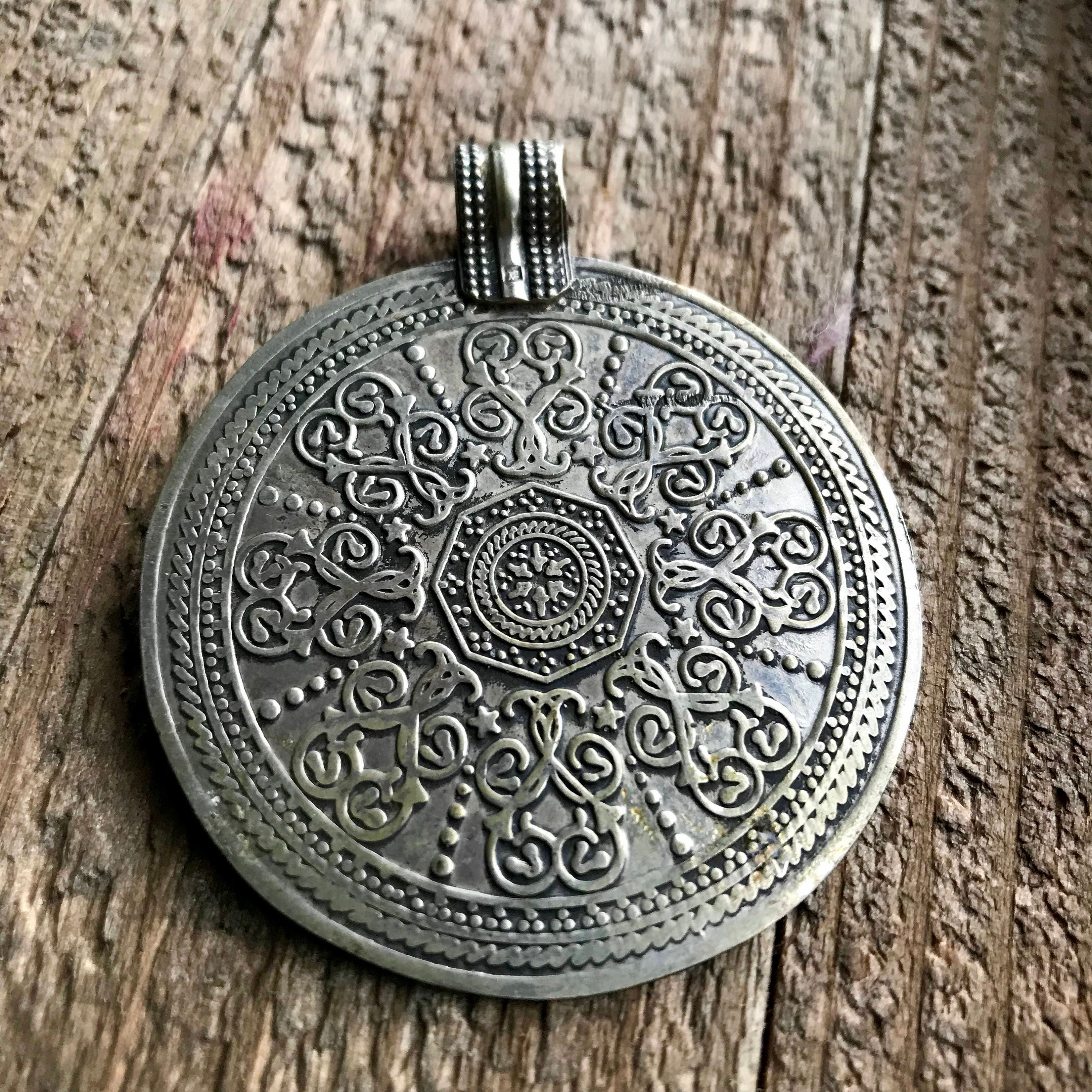 hustler spiritual products the pendant ascendant frequency holistic