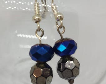 Facety facety! Silver a blue faceted beads, simples!