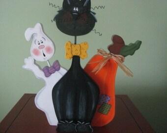 Halloween shelf sitter, ghost cat pumpkin shelf sitter for halloween,  tolepainted halloween shelf sitter, gift for her,