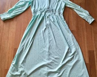 Sale! Vintage Bernie Bee Mint Dress