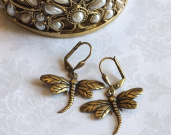 Dragonfly Earrings, Gold Dragonfly Earrings, Dragonfly Jewelry, Steampunk Earrings, Antique Gold Jewelry, Antique Gold Earrings