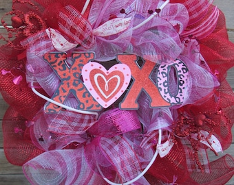 "24"" XOXO Deco Mesh Wreath Valentine's Day Wreath Valentine Door Decor Heart Wreath XOXO Door Decor Heart Deco mesh Wreath Love Wreath"