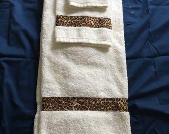 Hand Crafted Designer Towel Set