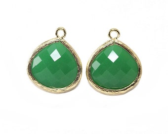 Palace Green Glass Pendant . Jewelry Craft Supplies . 16K Polished Gold Plated over Brass  / 2 Pcs - AG002-PG-PG