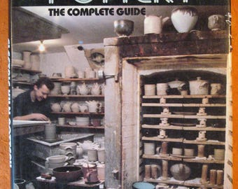 Electric Kiln Pottery: The Complete Guide by Emmanuel Cooper