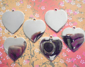 6 Goldplated 33mm Heart Charms
