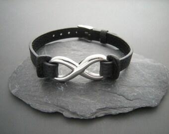Infinity bracelet, Blackleather bracelet Infinity, Gift for a man, Personalized initials Bracelet, Boyfriend gift