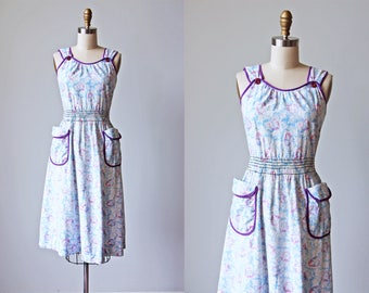 Vintage 1940s Dress - 40s Sundress - Novelty Print Lavender Purple Silhouette Leaves Smocked Cotton Sundress S M - Shadow Play Dress