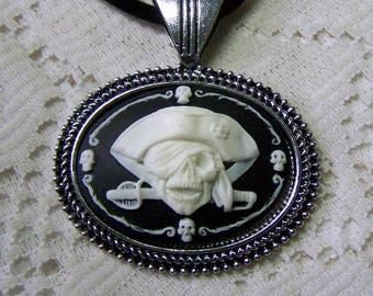 Pirate Medallion Pendant, Large Antiqued Silver Pirate Necklace, BLACKBEARD Swashbuckling BUCCANEER, Pirate Medallion Necklace, Gothic Skull