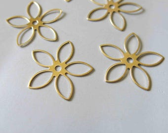 50pcs Raw Brass Flowers Charms, Findings 24mm - F447