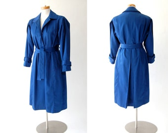 vintage oversized Trench Coat / blue / vintage preppy rain jacket / pleated / belted / zip out lining / belted trenchcoat