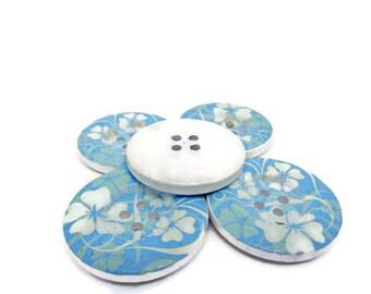 5 floral buttons, 30mm buttons, wood flower buttons, blue floral buttons, large floral buttons, sewing supplies, uk buttons, big buttons