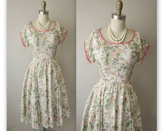 50's Silk Floral Dress // Vintage 1950's Floral Print Garden Party Mad Men Summer Dress XS