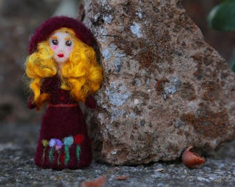 Gwendolyn the Autumn Witch, Miniature Witch, Witch Spirit Doll, Needle Felted Witch, Handmade Little Witch, Folk Witch, Folk Art Doll, OOAK