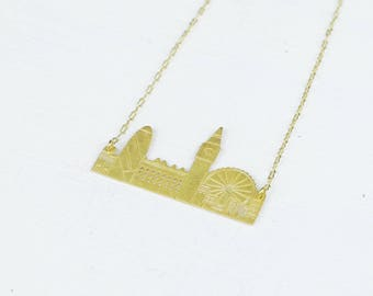 Gold London Necklace, London Skyline Necklace, Travel Necklace, London Jewelry, London Pendant, Wanderlust Jewelry, London Cityscape